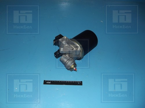 Регулятор давления воздуха с адсорб. (24V) КАМАЗ,МАЗ,3309 ABS Беломо 8043-0-3512010-000 804335120100